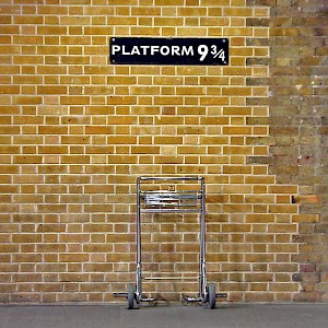 Platform 9 3/4 at King's Cross Station (Photo by Márcio Cabral de Moura)