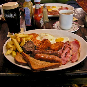 The full English breakfast (Photo © Reid Bramblett)