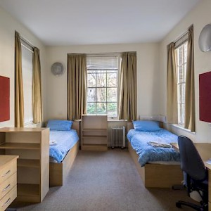 A room at the LSE Passfield Hall dorm (Photo courtesy of the LSE)