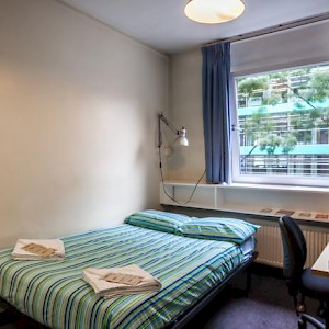 A room at the LSE Carr-Saunders Hall dorm (Photo courtesy of the LSE)