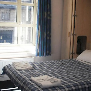 A room at the International Hall dorm (Photo courtesy of the University of London)