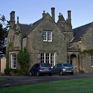 This country house on 2.5 acres in the Edinburgh suburbs just wanted someone to feed and walk their two dogs for a week (Photo courtesy of Mindmyhouse.com)