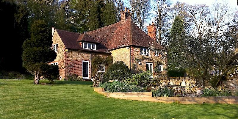 This 500-year-old house down the street from Winston Churchill''s home just outside London's southern ring road is available for swaps summers and long weekends (Photo courtesy of Homeexchange.com)
