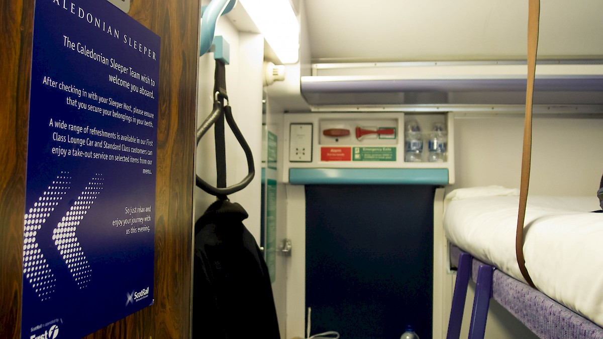 Caledonian Sleeper berth (image from wikipedia)