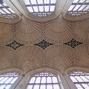 The fan-vaulted ceiling in Bath Abbey (Photo © Reid Bramblett)