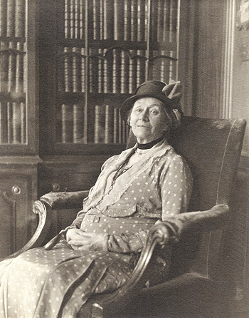 Alice Pleasance Liddell Hargreaves, age 80, Interest (Photo by W. Coulbourn Brown)